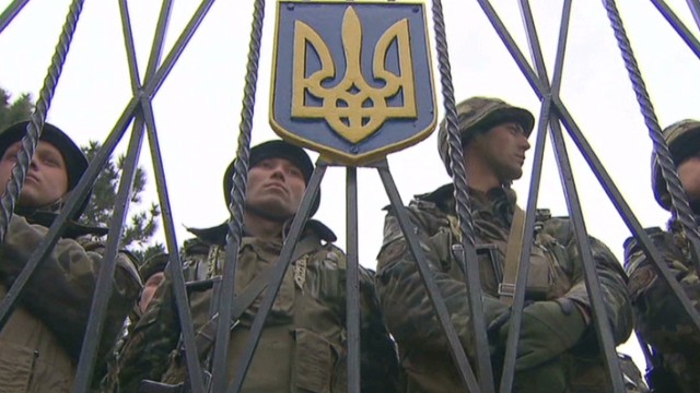 How do Russians view Ukraine crisis?