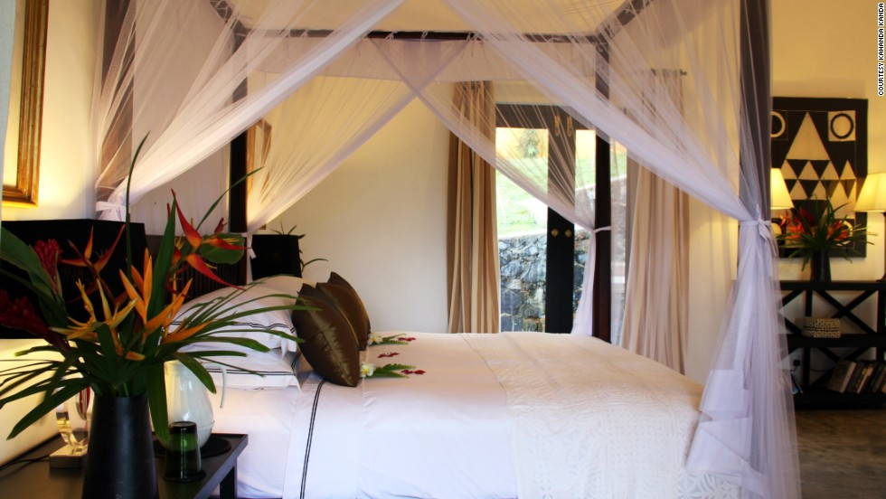 Five of the nine suites at Kahanda Kanda, a photogenic inn perched along the hills outside Galle on Sri Lanka's southern coast, face the surrounding tea plantation.