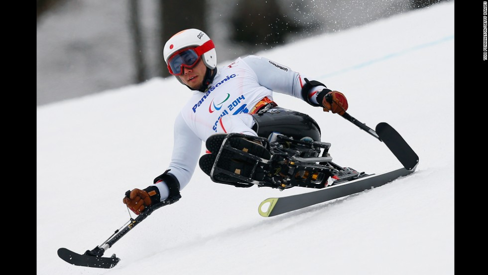 Akira Kano is on his way to gold in the men's super-G on March 9.