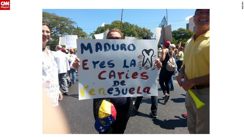 En la marcha de trabajadores del sector salud en Valencia, los manifestantes criticaron el gobierno de Nicolás Maduro.