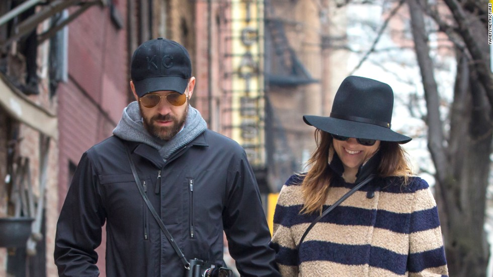 Jason Sudeikis and pregnant Olivia Wilde enjoy a romantic lunch in New York City for her birthday on March 10.