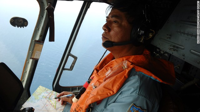 CNN on search plane for Malaysia flight