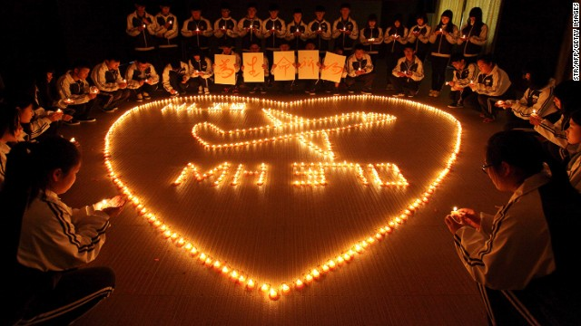 Families wait for news on Flight 370