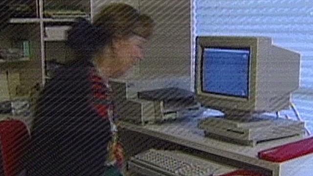 nat pkg cnn first web reports _00003430.jpg