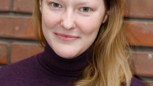 Clare Algar