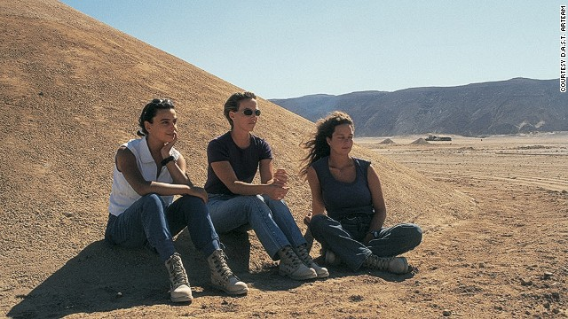 Danae Stratou (center) with the other members of D.A.S.T. Arteam on the Desert Breath site in 1997