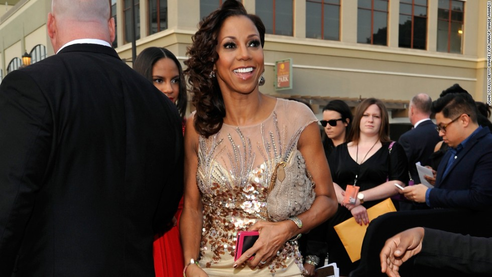 "Holly Robinson Peete doesn't appear to have aged much at all from her ""21 Jump Street"" days."