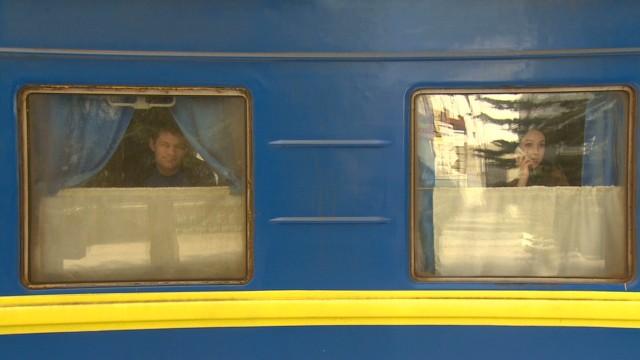 Some leaving Crimea ahead of referendum