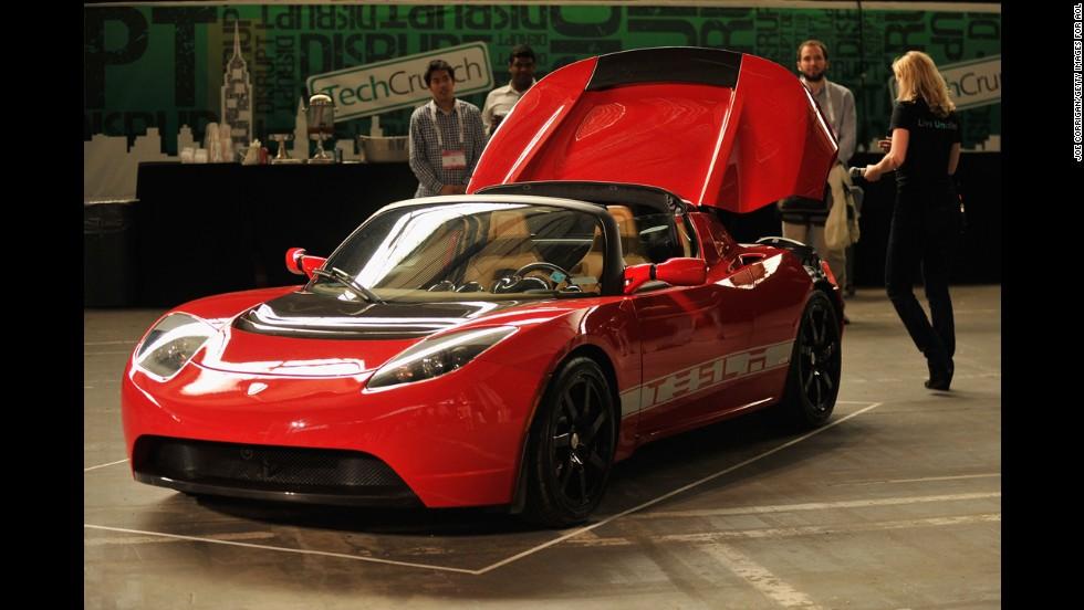 Tesla Crash Highlights Real Problem Behind Self Driving Cars