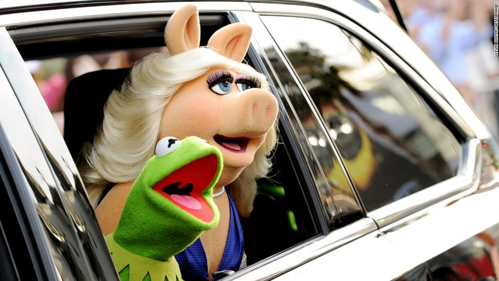 "It was a romance that shouldn't have worked: He's a gentle frog content to strum a song in a swamp, and she's a hotheaded pig with ambition bigger than her appetite. He gets squirmy at the first sign of commitment, and her version of conflict resolution begins with a ""Hi-ya!"" and ends with a karate chop. But somehow, Kermit the Frog and Miss Piggy maintained their interspecies love story for almost 40 years."