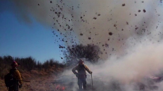 pkg dust devil fire _00004024.jpg