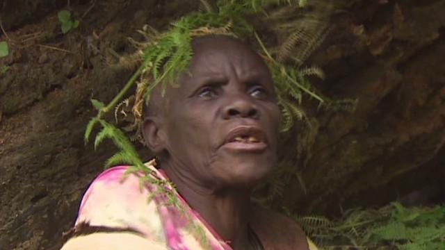 spc inside africa uganda gorillas c_00020202.jpg