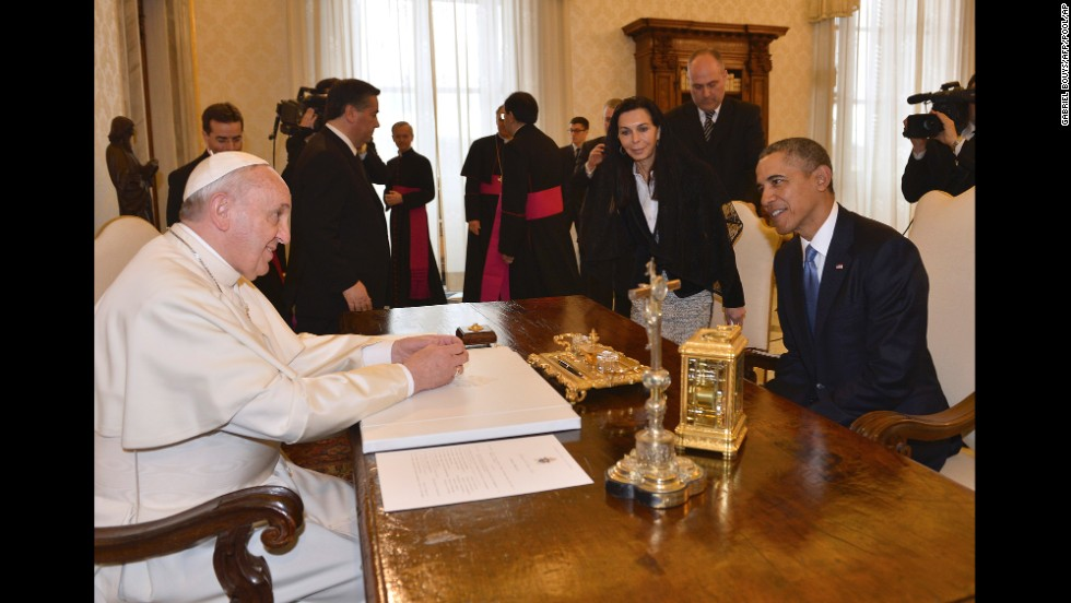 obama invites gays to meet pope