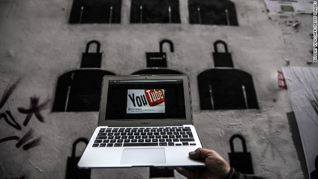 Turquía bloquea Twitter y YouTube