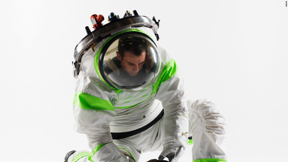 This is the original Z-series spacesuit. The Z-1 was great for picking up rocks.