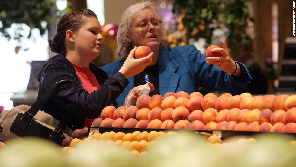 Raw peaches and pears might also cause symptoms for people with birch pollen allergies.