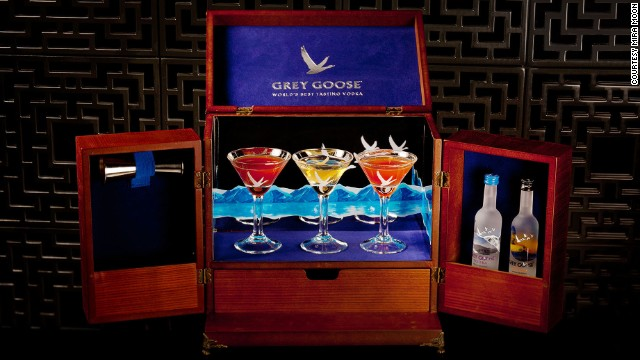 Mira Moon in Hong Kong still offers bar items along a Chinese contemporary theme.