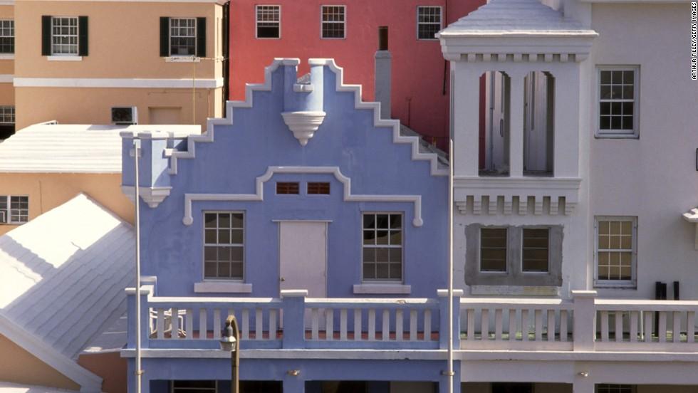 <strong>Bermuda</strong>: $5,597