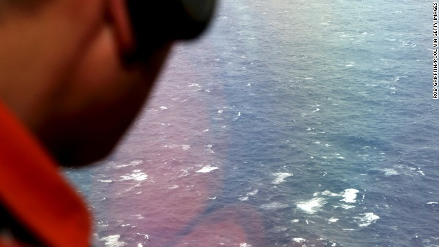 Ocean trash hampering search for MH370?