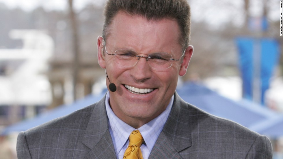 As a football player with the Oakland Raiders, Howie Long was known as a ferocious defensive end, once racking up five sacks in a game. As a performer, he has been a spokesperson for Radio Shack and Hanes, among many companies, and has acted in a handful of movies. Oh, and he's also a football analyst for Fox.