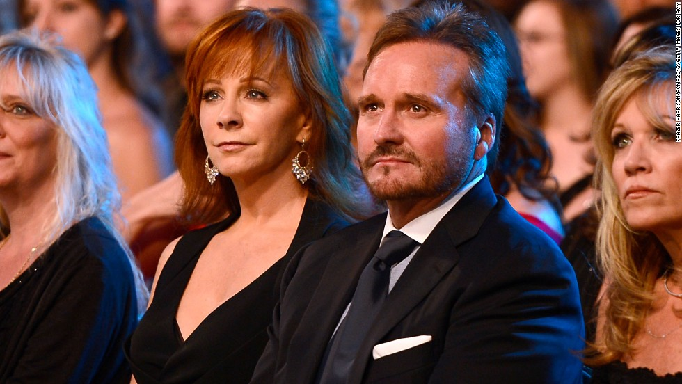 <strong>Reba McEntire </strong>and<strong> Narvel Blackstock:</strong> Marrying your manager wouldn't work for everyone, but for Reba McEntire it's been a dream. She met Narvel Blackstock in 1980, and after working together as friends they soon realized they had a great thing going and wed in 1989. The country icon and Blackstock, who's been McEntire's manager for years, haven't looked back since.