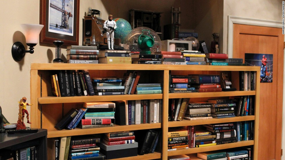 Leonard and Sheldon's apartment is filled to the brim with books, including textbooks, one of which belongs to real-life neuroscientist and cast member Bialik.