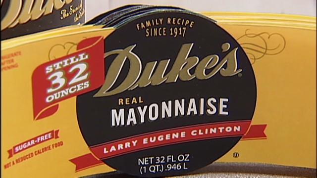 dnt ashes in mayonnaise jar_00005823.jpg