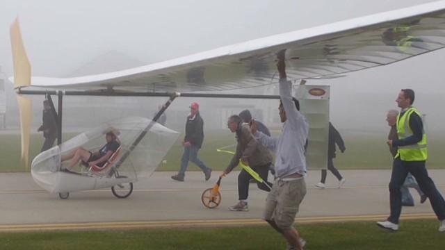 spc art of movement human powered flight b_00041820.jpg