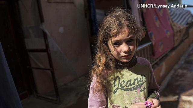 idesk syria refugee crisis lynsey addario intv_00015404.jpg