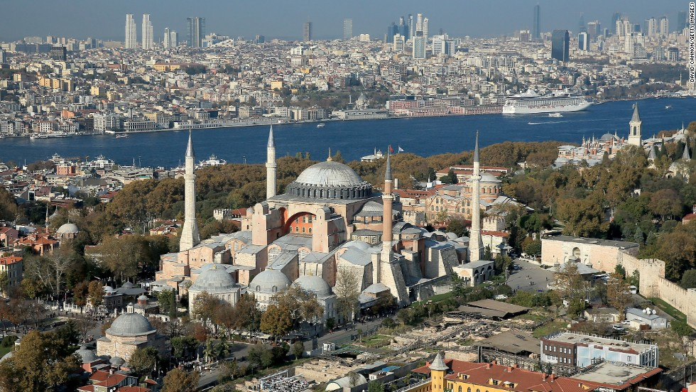 Istanbul jumped 11 spots from last year to take this year's No. 1 spot on TripAdvisor's Travelers' Choice list of global destinations.