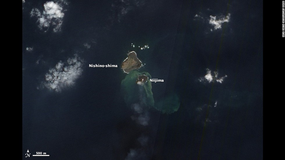 The Advanced Land Imager on NASA's Earth Observing-1 satellite captured this natural-color image of the two islands on December 8, 2013.