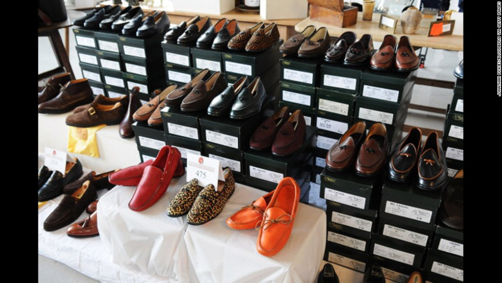 By 2007, the top 1% accounted for 24% of national income. Bernard Madoff, whose Ponzi scheme is one of largest financial frauds in history, made billions off hapless investors. Here, shoes that once belonged to Madoff.