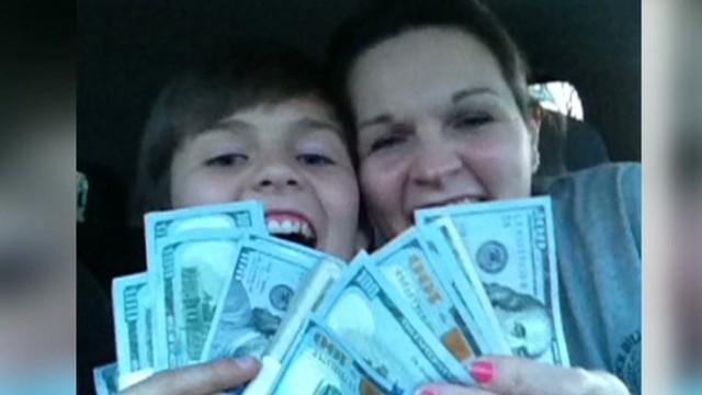 Teacher finds 11 thousand dollars good stuff newday _00000603.jpg
