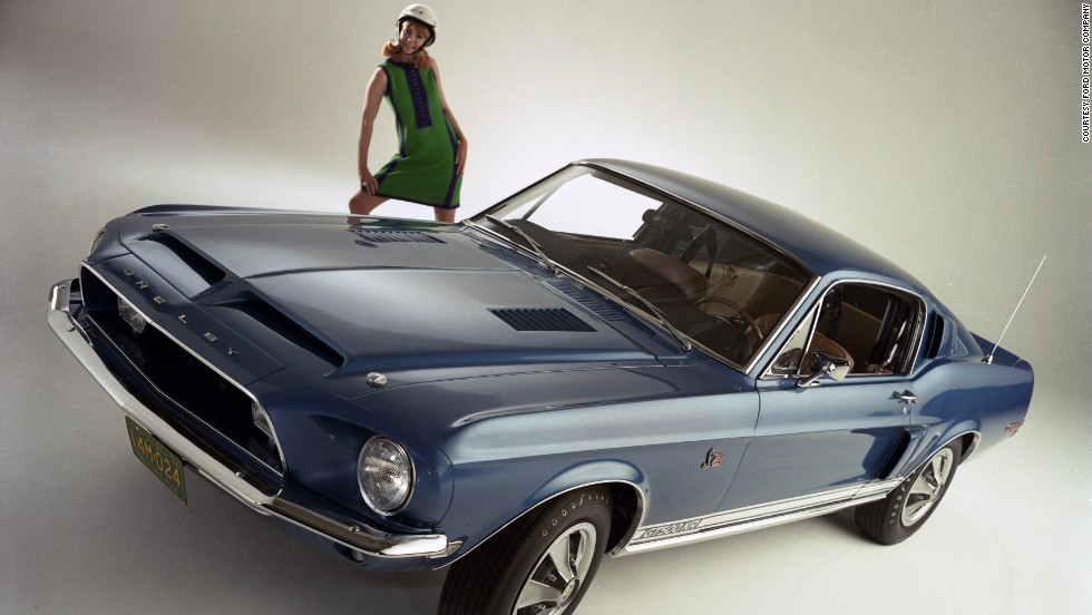 <strong>1968 Shelby GT500.</strong> The GT500 was powered by a 355-horsepower, 428-cubic-inch big-block V-8 engine.