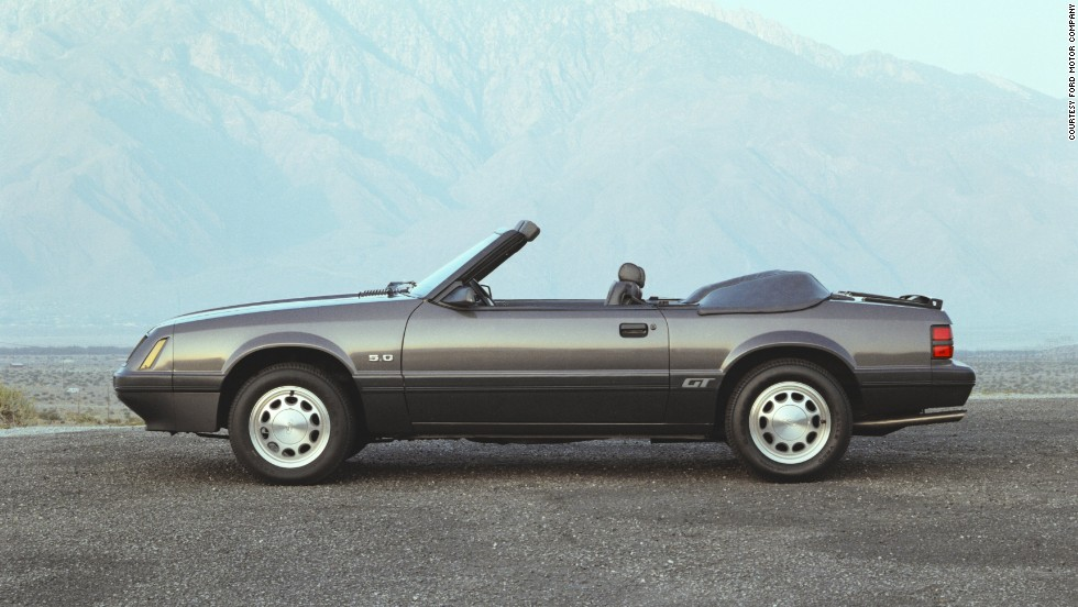 <strong>1986 Ford Mustang GT convertible.</strong> Ford traded the V-8 Mustang's carburetor for a new sequential multiport fuel injection system.