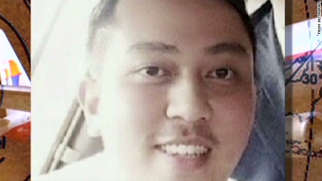 MH370 co-pilot's cell phone was on