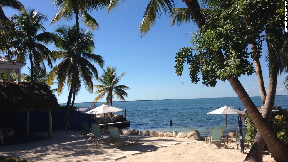 The Azul del Mar in Key Largo, Florida is just a few steps from the John Pennekamp Coral Reef State Park.