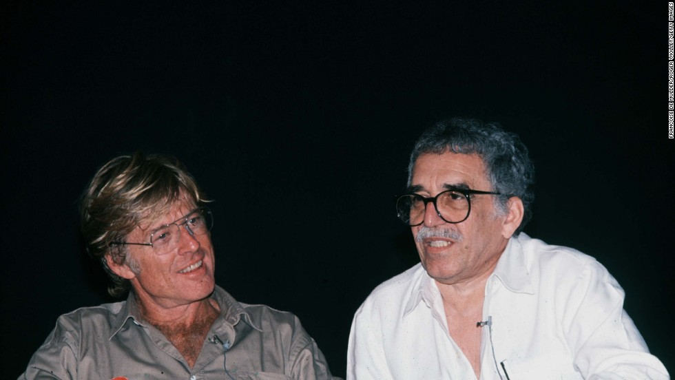 American actor and director Robert Redford sits with García Márquez in Havana, Cuba, in 1988.