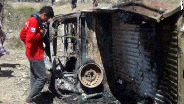 Yemeni official: Strikes target al Qaeda