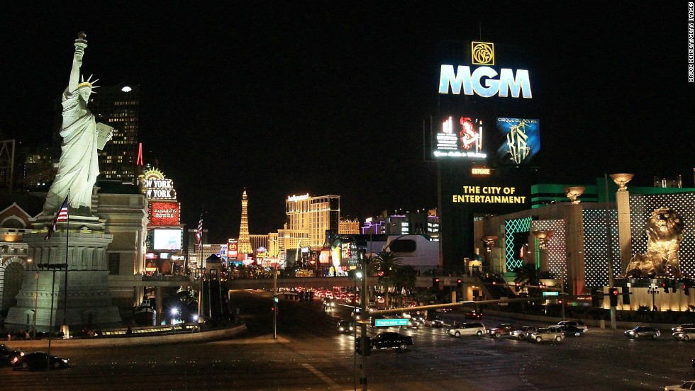 "Las Vegas isn't just a destination for high rollers. There's also a ""low roller"" scene for people on a budget."