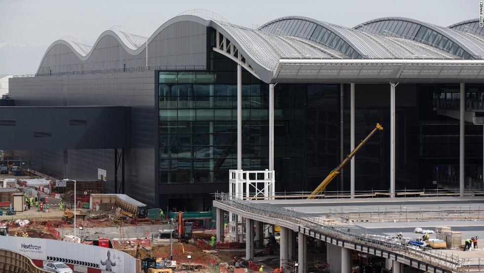 The terminal is designed so that it can easily be expanded when demolition of other buildings opens up space.