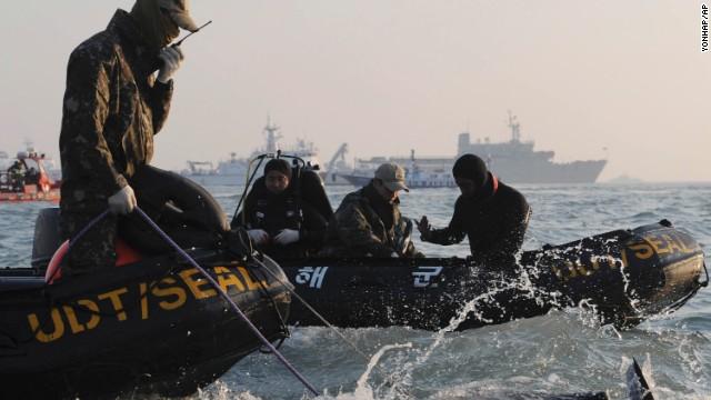 Ferry divers: No air pockets found
