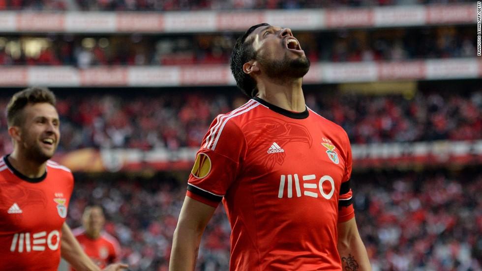 Ezequiel Garay celebrates his second minute goal to put Benfica ahead against Juventus in the Stadium of Light.
