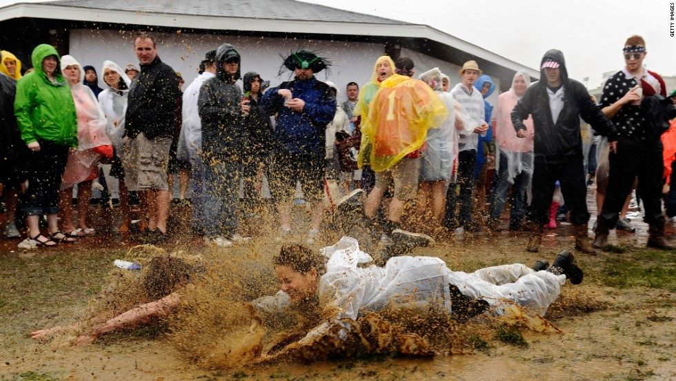 Last year the rain came down but those gathered for the event remained undeterred by the mud underfoot. Who will the sun shine down on in 2014?