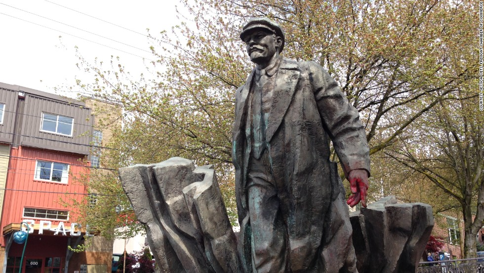 The deeply politically conservative city of Seattle is ... oh wait, how'd that statue of Vladimir Lenin get there? Actually, an American carpenter saved it from a scrapyard in then-Czechoslovakia and had it brought over to the United States.