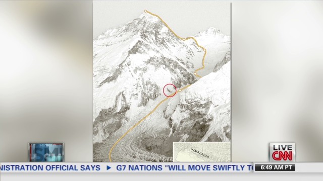 Sherpas battle over Mount Everest