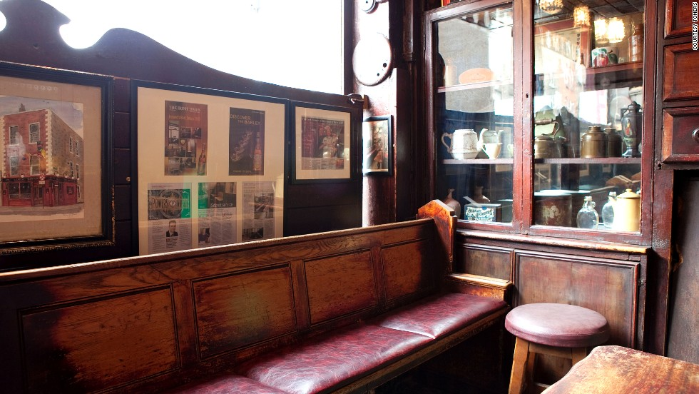 Toner's is the only pub poet W. B. Yeats ever visited. It was also a regular haunt of authors Patrick Kavanaugh and Bram Stoker.