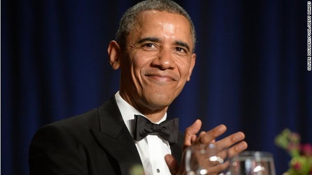 Joel McHale roasts President Obama