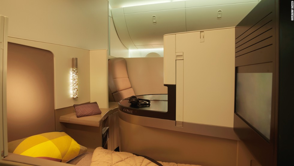 The new Business Studio will be available on both the A380 and the B787. The A380 will have 70 of these seats, while Boeing 787 flights will offer 28.
