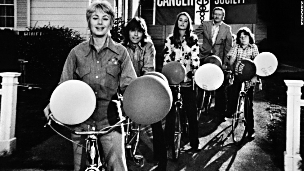 "A mother that was also the literal leader of the band? That was the case on ""The Partridge Family"" in which Shirley Partridge (Shirley Jones, left) sang with her children and drove the bus. Sure, maybe Keith (David Cassidy, second from left) sang lead, but we know who was really in charge."